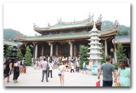 Der Nanputuo Tempel.