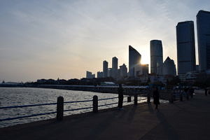 Skyline vom Pier aus gesehen.
