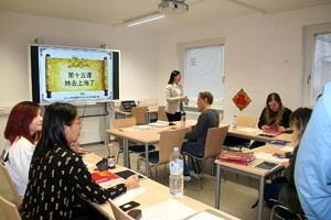 Studierende beim Filmen des Imagefilms für das E-Learning-Projekt.